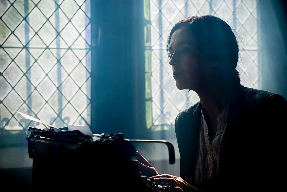 Většina lidí si myslí, že umí psát. Umět to ale tak, aby se tím dokázali uživit, předpokládá skutečný talent a um. Máte ho?